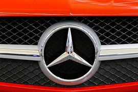 Безработный москвич заявил об угоне его Mercedes за 10 миллионов рублей