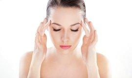 Простой массаж головы при головной боли