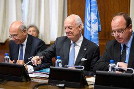 Чему переговорщикам в Женеве стоит поучиться у России