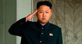 """Войска Ким Чен Ына """"расстреляли"""" президента Южной Кореи"""