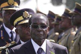 Президент Зимбабве потребовал от Великобритании вернуть головы борцов за свободу