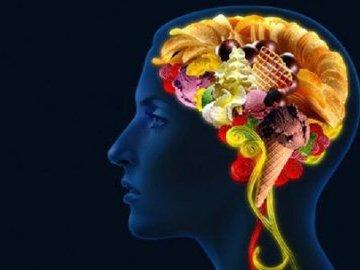 Сытый мозг соображает лучше