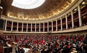 La France est appelée à coopérer avec la Russie. Le député N.DHUICQ