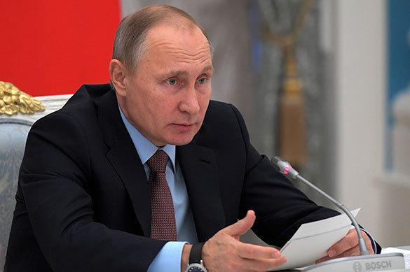 Poutine exige que la Russie dépasse le monde par sa croissance économique