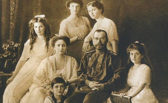 """""""Несвятой святой"""" - Николай II вошел в Top-25 богачей тысячелетия"""