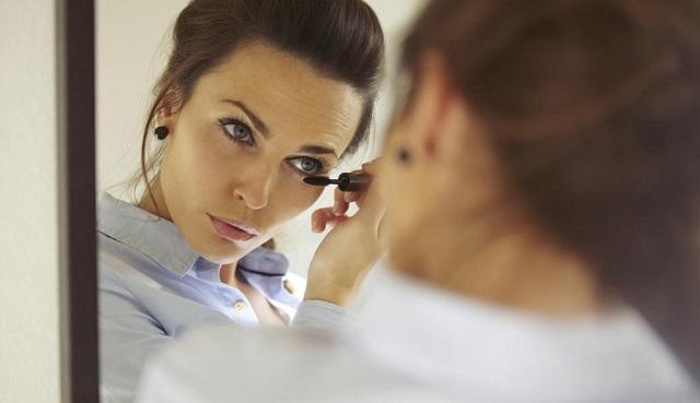 Золотые правила офисного макияжа