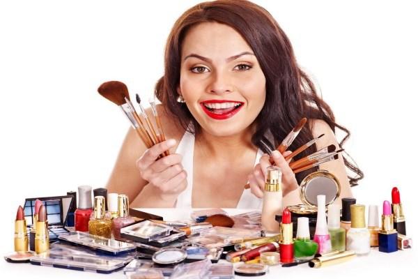 7 секретов использования старой косметики