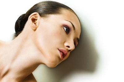 Дерматологи: кремы от морщин провоцируют старение кожи