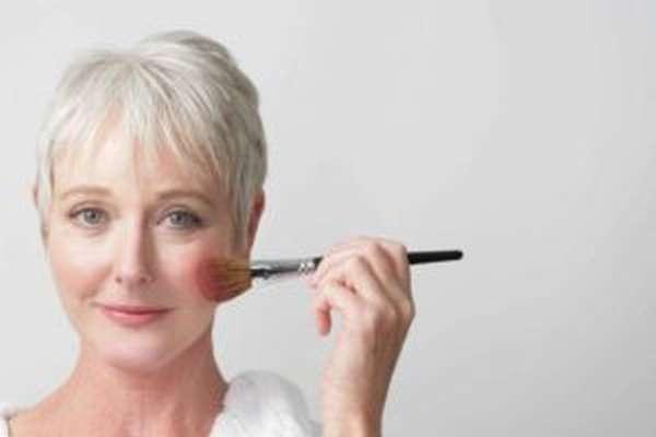 8 правил антивозрастного макияжа