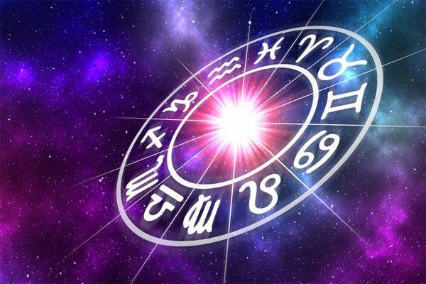 Женский гороскоп на неделю (16-22 сентября)