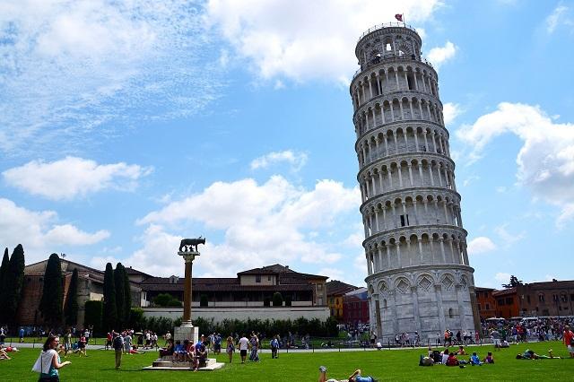 Пизанская башня: как появился падающий символ Италии