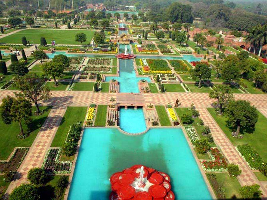 Индийские сады Пинджора: ландшафтное чудо