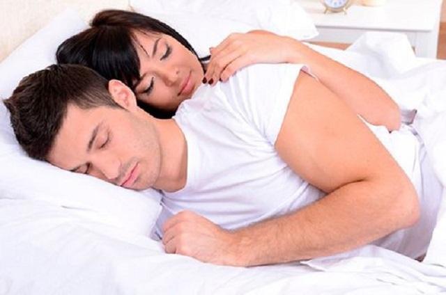 Присмотритесь, в чем спит ваш мужчина, и узнайте все о его характере