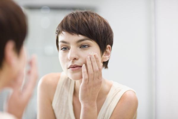 Привычки, которые портят красоту кожи