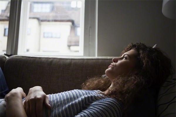 Неочевидные симптомы ПМС, о которых вы могли не знать