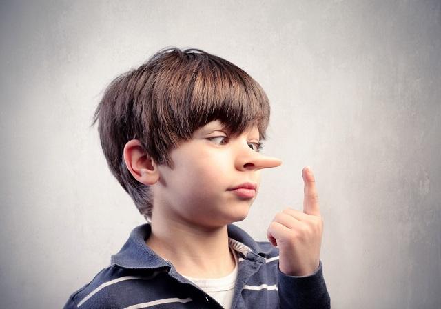 Советы родителям о том, что можно и нельзя делать с ребенком, который врет