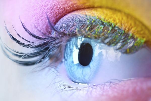 Как помочь усталым и воспаленным глазам?