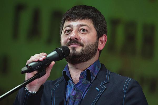 Михаил Галустян заступился за Артек