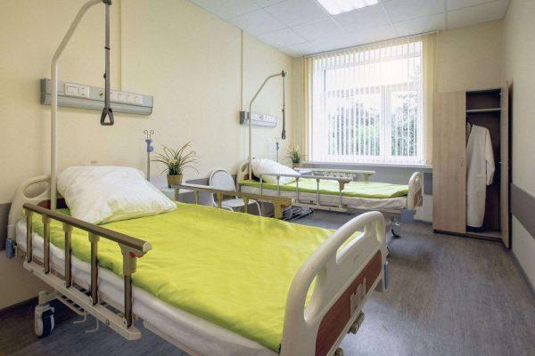 СМИ назвали цены на лечение в клинике Заворотнюк