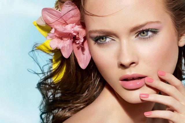 Каким должен быть идеальный летний макияж