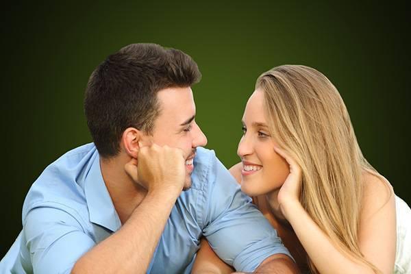 Вот признаки того, что ваши отношения будут длиться долго