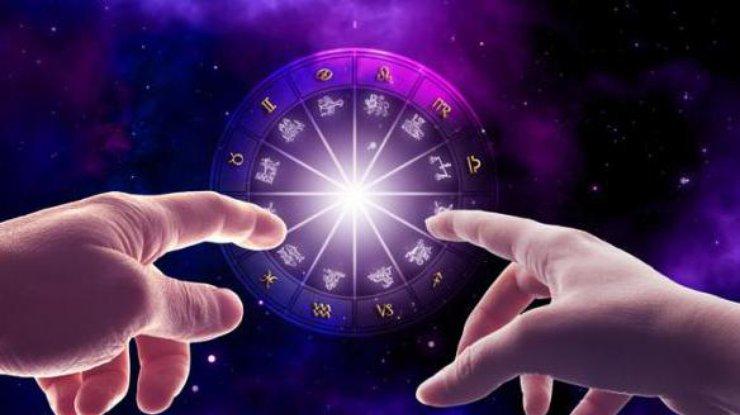 Любовный гороскоп для всех знаков Зодиака с 6 по 12 августа