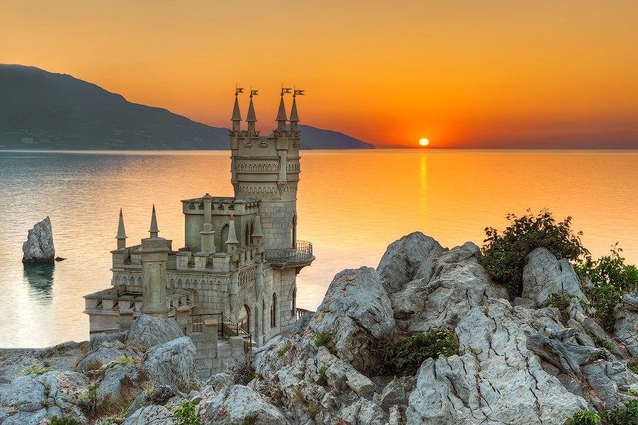 Отдыхаем на море. Ялта – крымская жемчужина и город развлечений