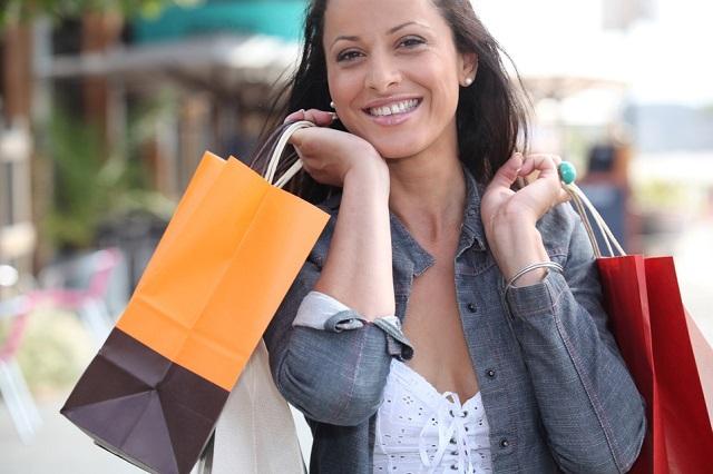 Ученые заявили, что поход за покупками вполне может заменить секс
