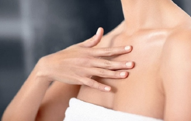 Как уберечь шею и бюст от раннего старения?