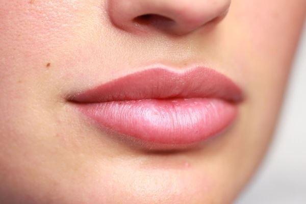 Что нужно знать о татуаже губ