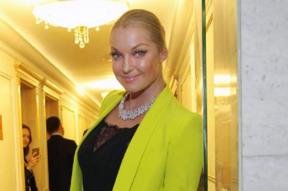 Мошенники украли у Анастасии Волочковой деньги на еду