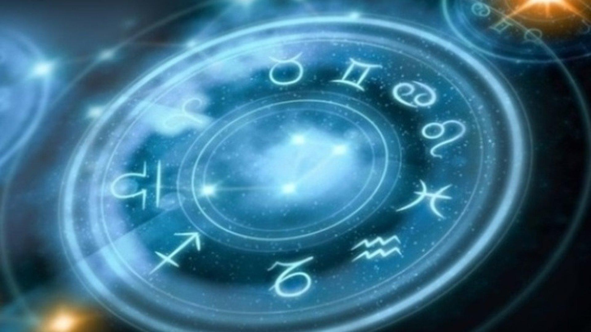 Мужской гороскоп на октябрь для всех знаков Зодиака