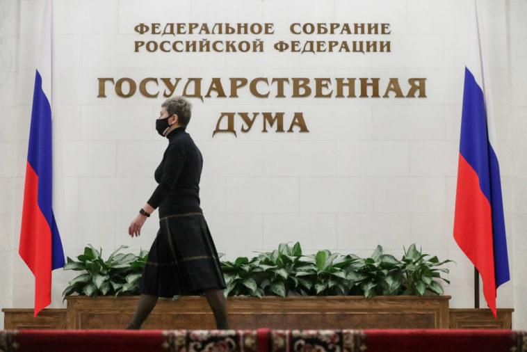 Танцы в «ТикТоке» и лживые обещания: как кандидаты Тумусов, Попова и Саранова на выборы идут