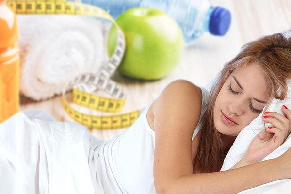 Ученые назвали сон самым легким способом похудеть