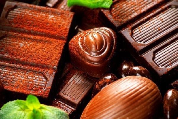 Ученые: темный шоколад улучшает настроение и изгоняет депрессию