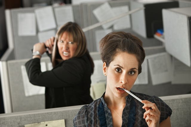 Стресс на работе: как справиться и не заработать нервный тик?