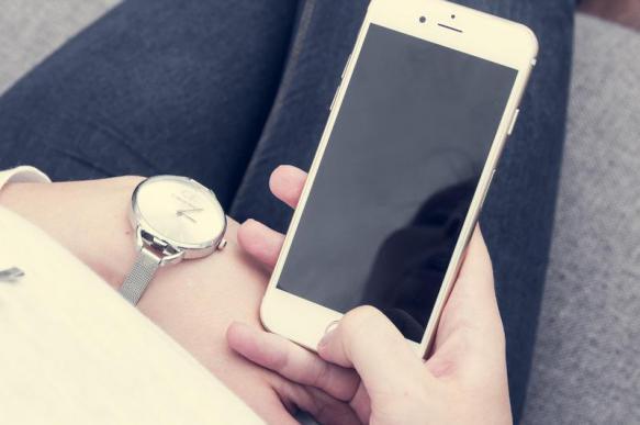 Как использовать телефон, чтобы не заболеть