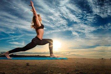 Польза йоги: весомые аргументы  встать на коврик