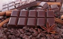Риск употребления шоколада состоит в сахаре, а не в какао-бобах