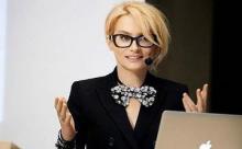 Смокинг – новый тренд от Эвелины Хромченко