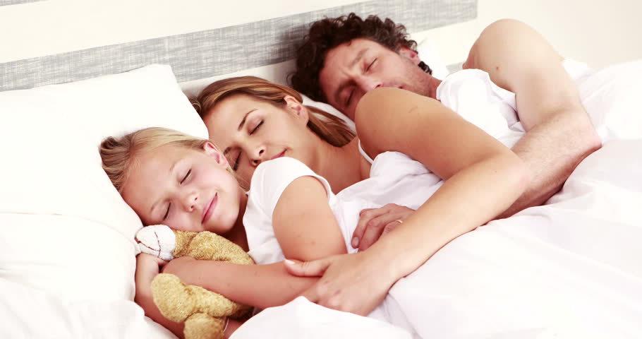 Уменьшается ли с возрастом потребность человека во сне?