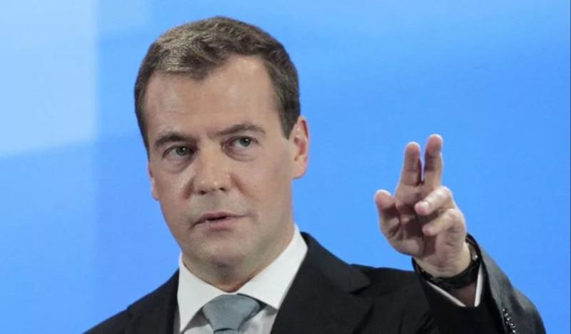 Медведев планирует провести всероссийскую диспансеризацию