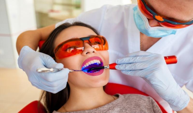 Почему половина жителей США не лечит зубы?
