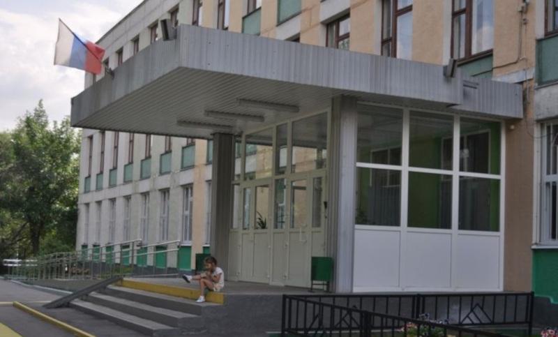 В московской школе мама первоклассника ударила врача