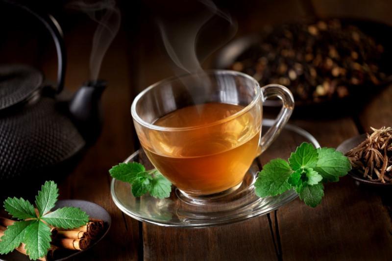 Исследователи: горячий чай повышает риск развития рака пищевода