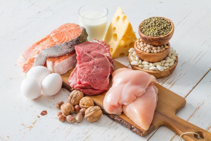 Исследователи: белковые продукты снижают аппетит