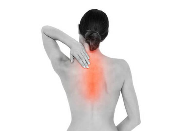 Найдена связь между болью в спине и смертностью