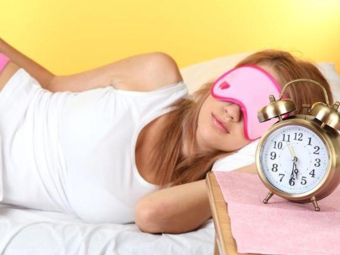 Спать необходимо только при полной темноте