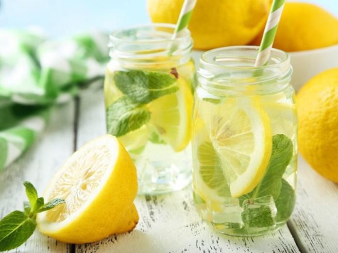 Почему нужно пить воду с лимоном