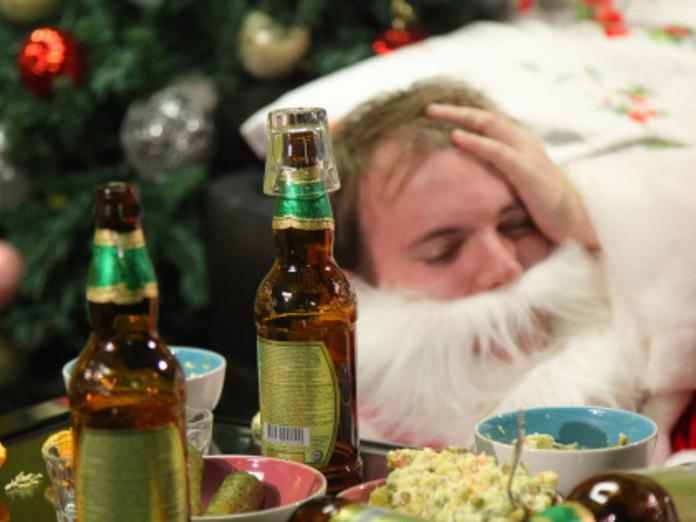 В новогодние праздники 12 тысяч россиян погибли от алкоголя